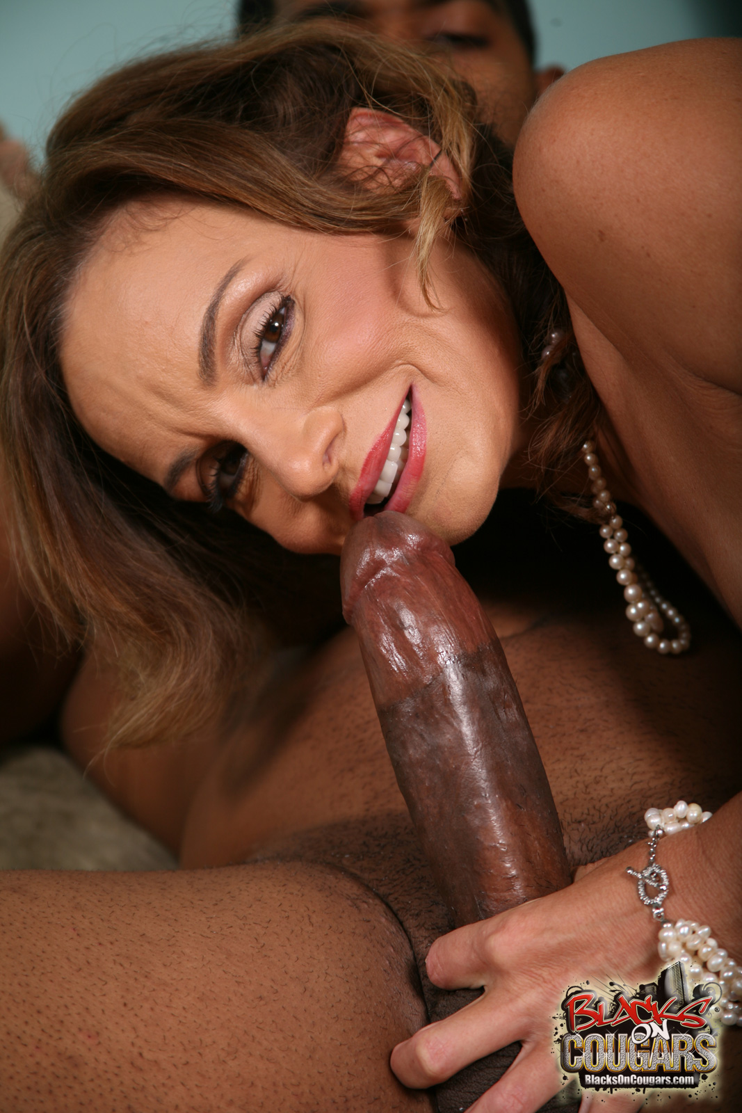 Found site Milf cougar sucking cock